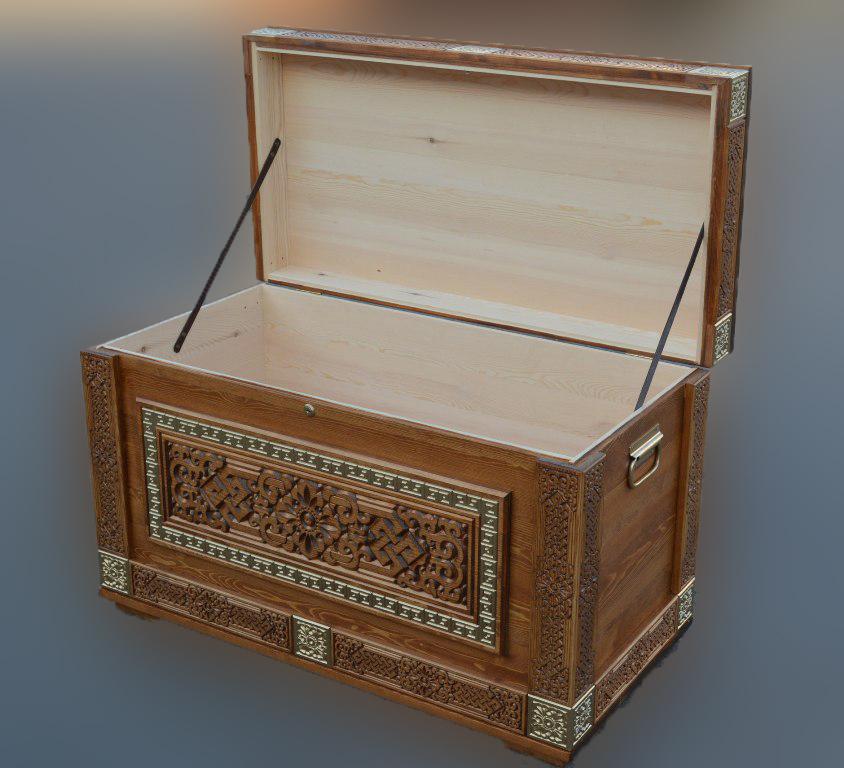 Сундук деревянный Шара Дангина, декор с трех сторон