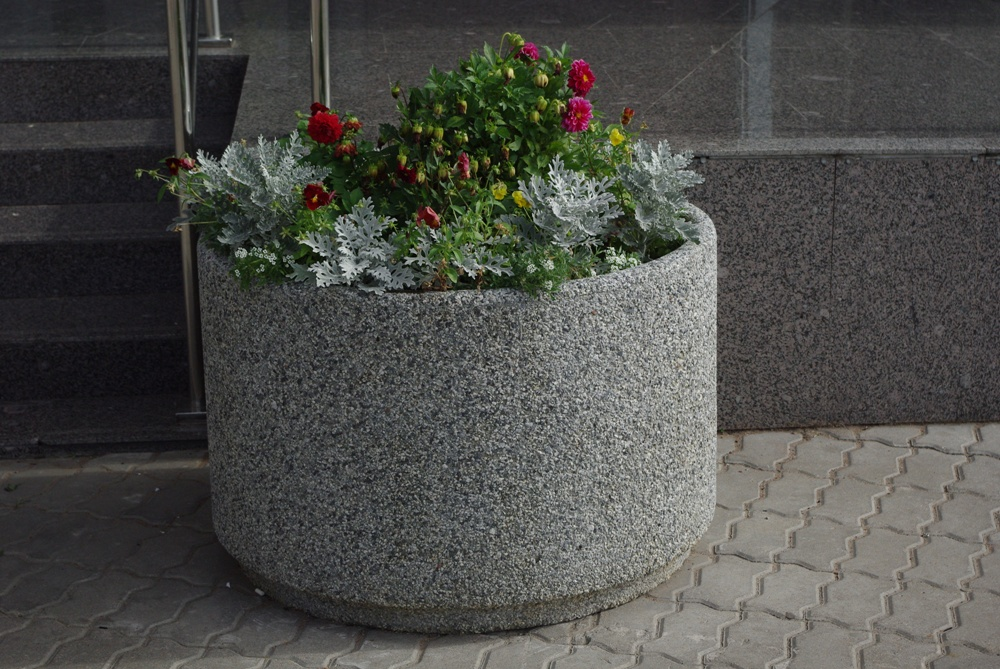 Цветочница бетонная Степ