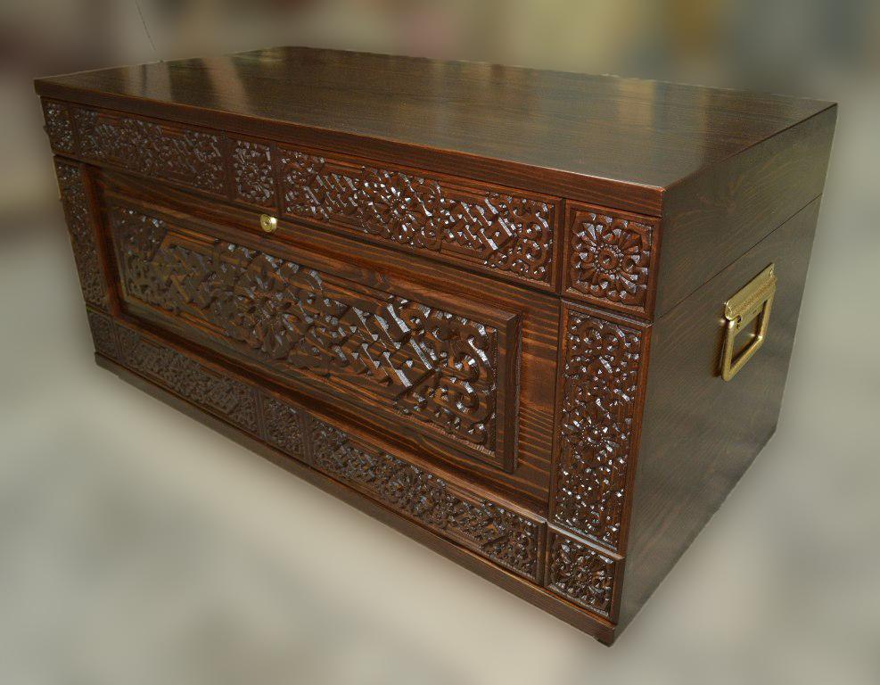 Сундук деревянный Хара Дангина