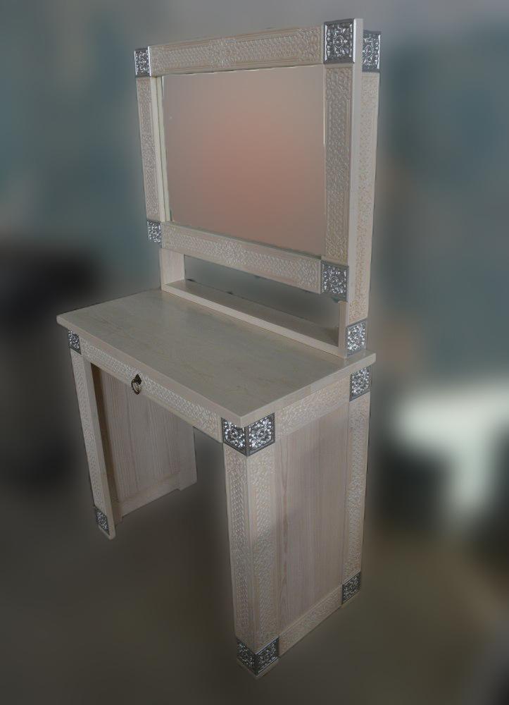 Столик туалетный с зеркалом Сагаан Дангина