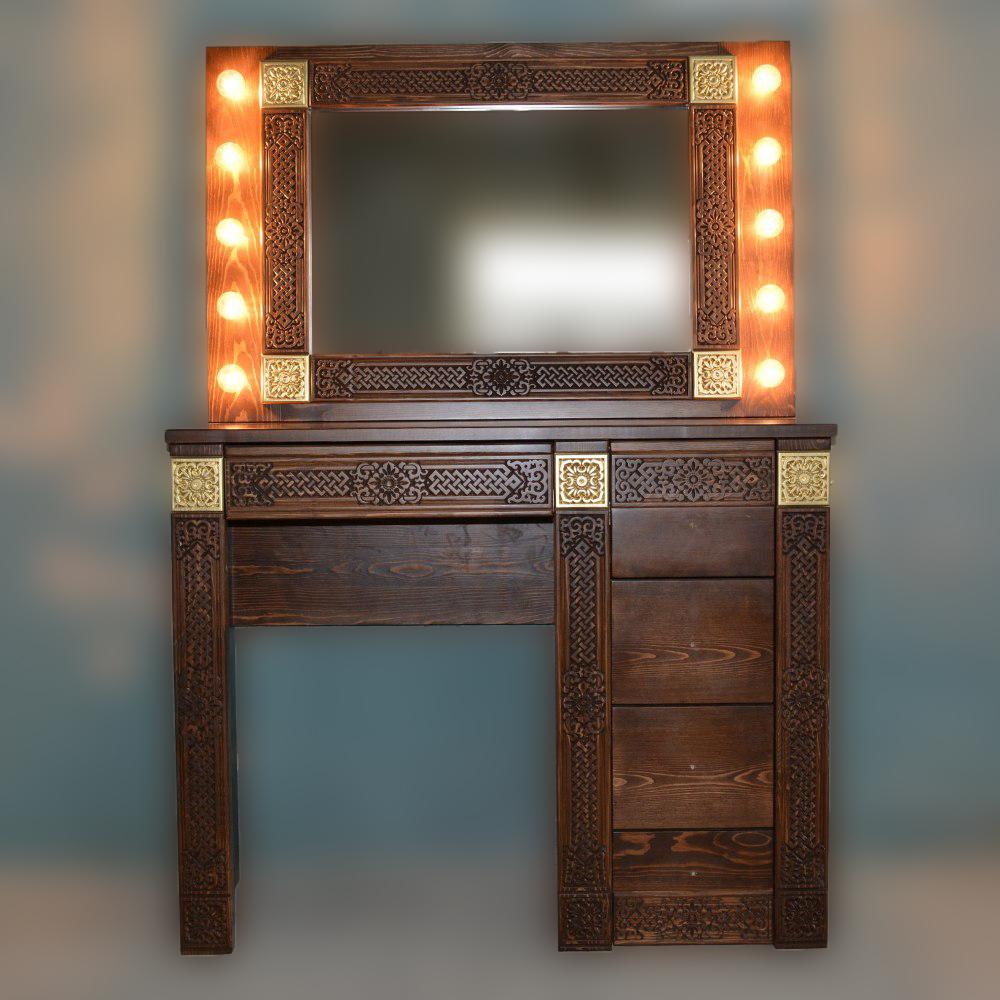 Столик туалетный с зеркалом Дангина