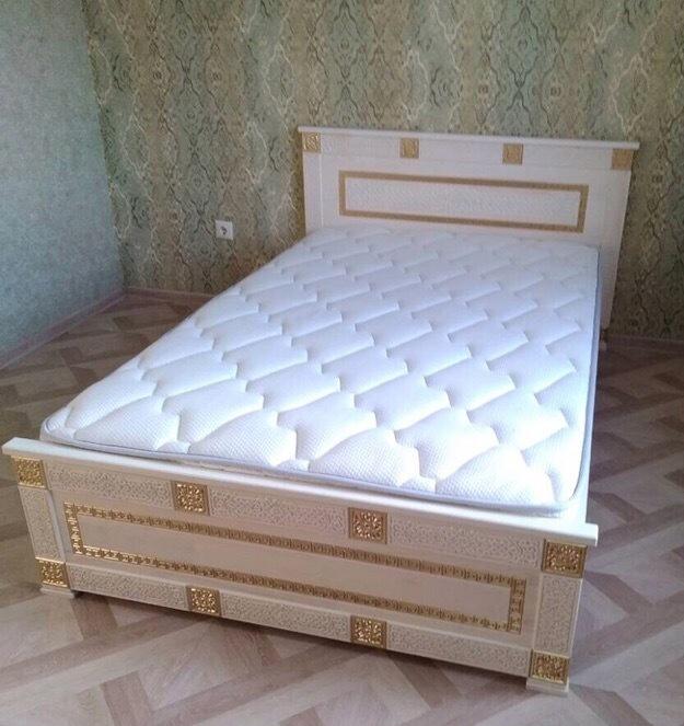 Кровать из массива Алтан Сагаан Дангина 1200х2000