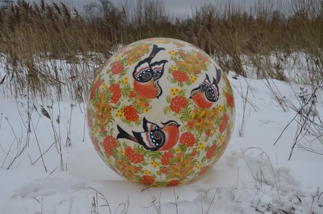 Сфера с росписью Снегири на рябине, 1200мм