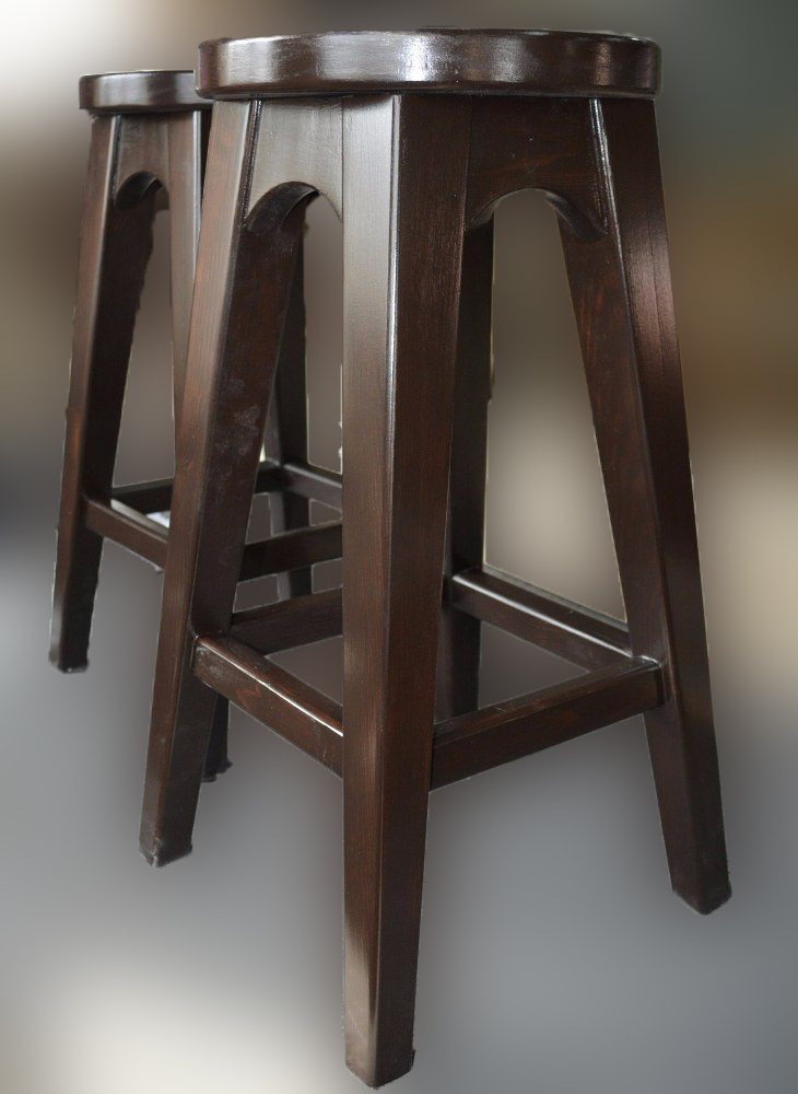 Стул барный деревянный