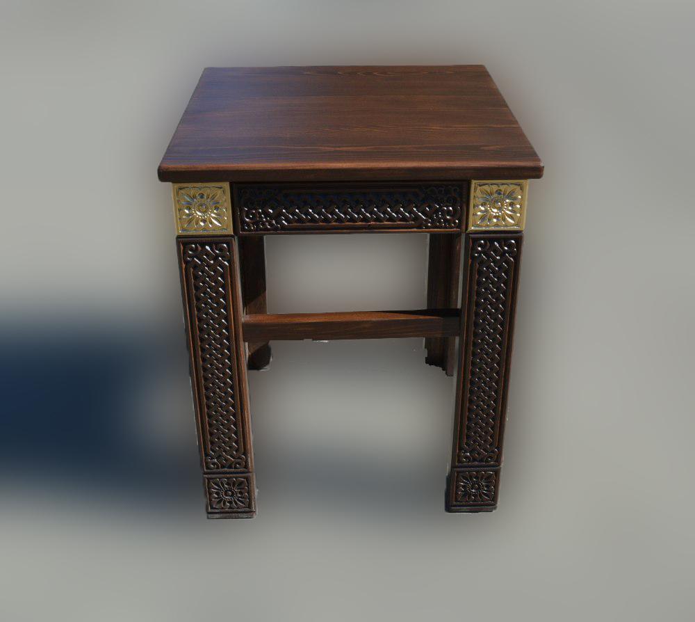 Табурет деревянный Дангина