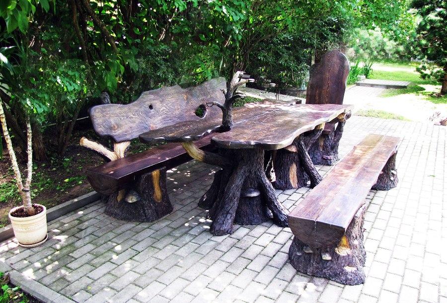 Садовый мебельный набор: стол, лавки и стул