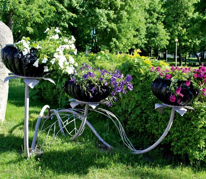 Стойки для цветов для сада