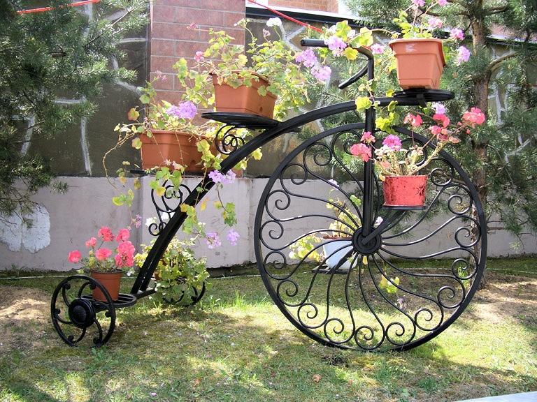 Подставки для цветов велосипед из металла